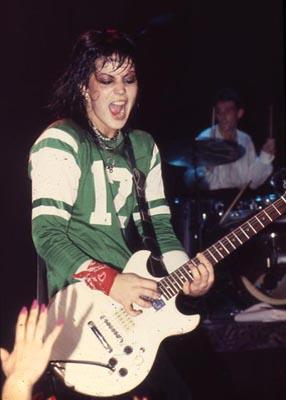 Joan Jett ao vivo nos anos 80