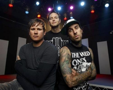 Blink 182 lança clipe de 'Wishing Well'; confira