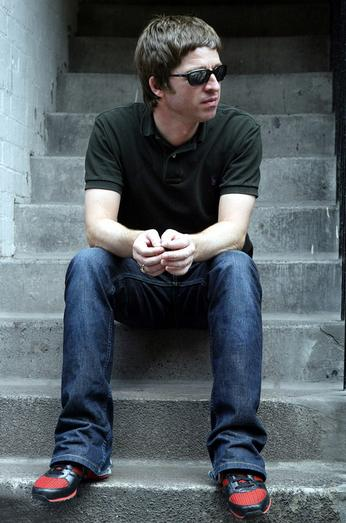 Noel Gallagher lança clipe de 19 minutos; veja íntegra