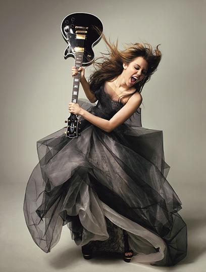 Cantora Miley Cyrus perdeu a paciência com fã malcriada