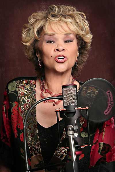 Etta James, ícone do soul, morre aos 73 anos