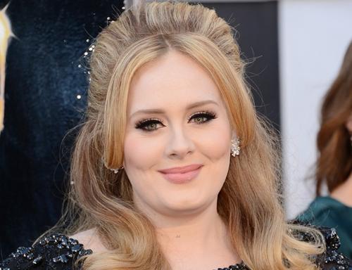 Adele afirma que gostaria de fazer documentário sobre sua vida