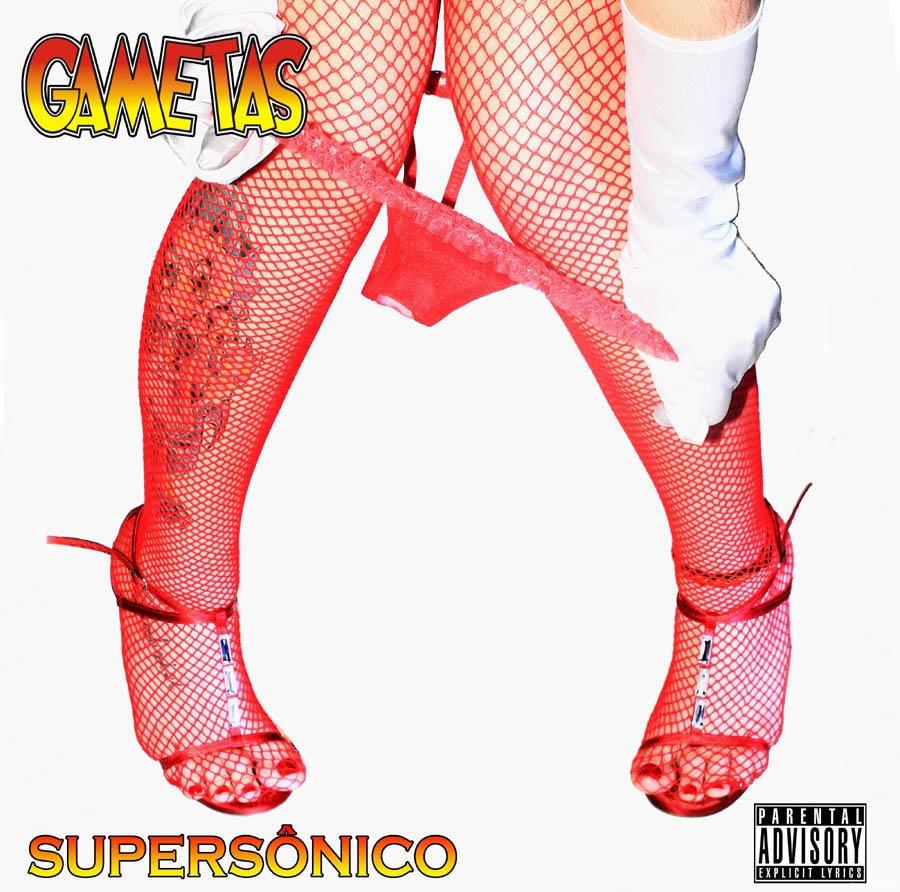 Capa do segundo disco da banda, 'Supersônico', lançado em 2012