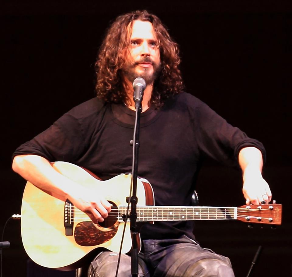 Chris Cornell anuncia terceiro show no país este ano