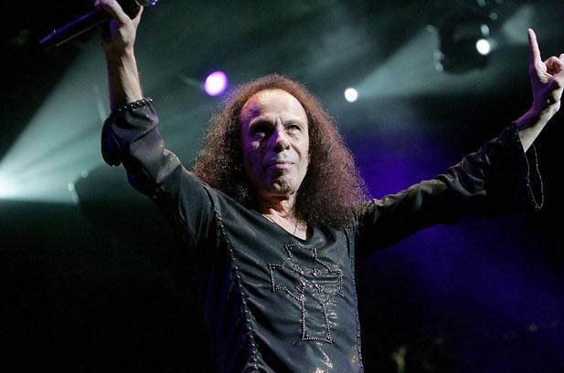 Três anos sem Ronnie James Dio