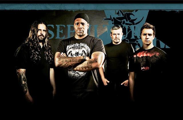 Kisser (esq) diz que heavy metal ainda é visto como algo 'violento' (Divulgação)