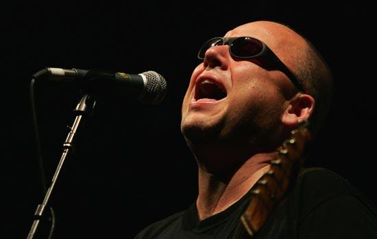 Pixies é uma das bandas cotadas para o evento (Getty Images)