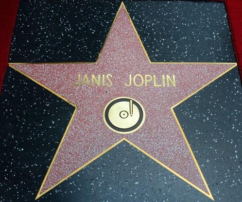 Estrela recebida por Janis Joplin na Calçada da Fama (Foto: Frederic J. Brown/ G