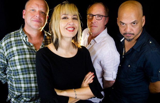 Pixies: Kim Shattuck não é mais baixista da banda (Foto: Divulgação)