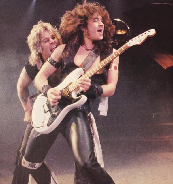 Guitarrista Jake E. Lee diz que foi convidado para voltar a tocar com Ozzy Osbourne