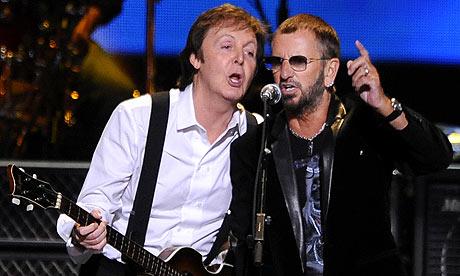 Lenny Kravitz, Sting, Flaming Lips e filho de John Lennon tocam em tributo televisivo aos Beatles