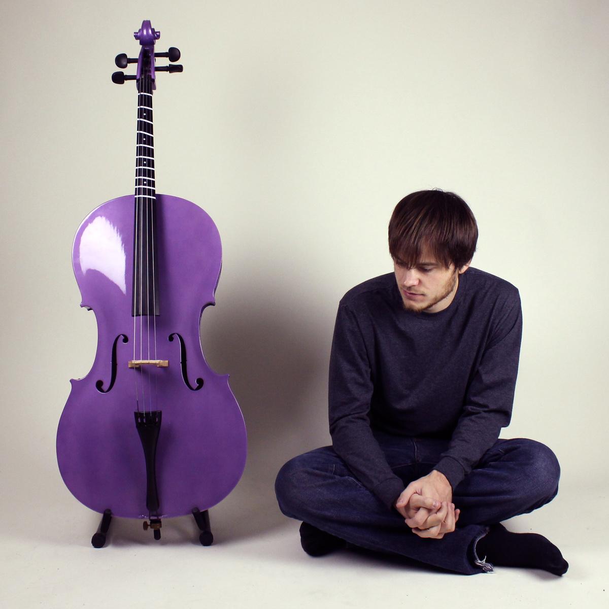 Rob Scallon impressionou internautas no violoncelo (Divulgação)