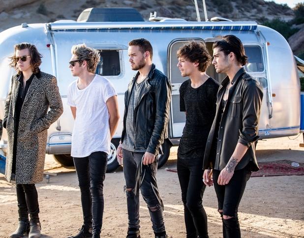 Países vetam novo clipe do One Direction por suposto maus-tratos a chimpanzé