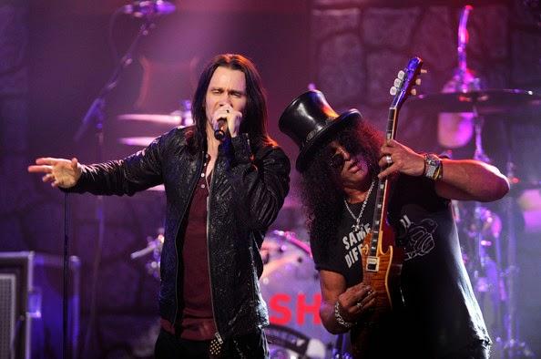 Agora com Slash, Myles Kennedy revela que rejeitou Velvet Revolver