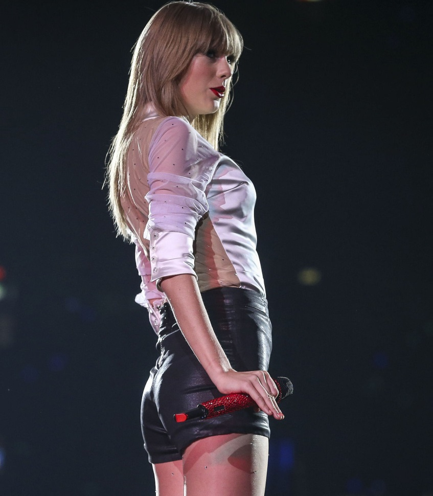 DJ tirou sarro de traseiro pequeno de Taylor Swift (Imgur/Divulgação)