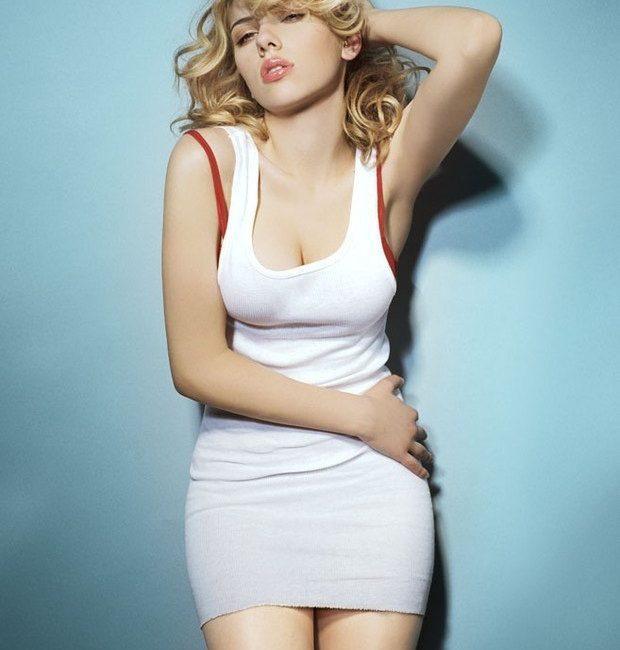Atriz Scarlett Johansson aposta em carreira musical e monta banda só de mulheres