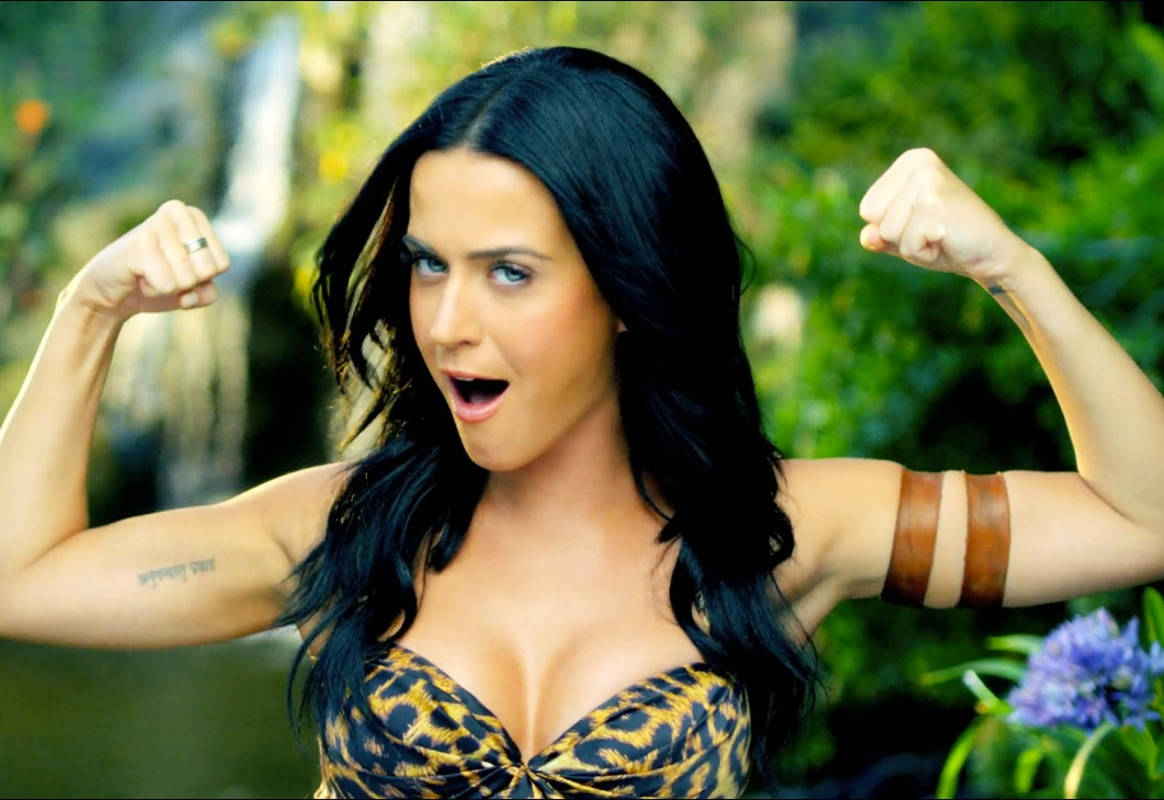 Clipe de'Roar' atingiu a mesma marca de'Dark Horse' no YouTube (Reprodução)