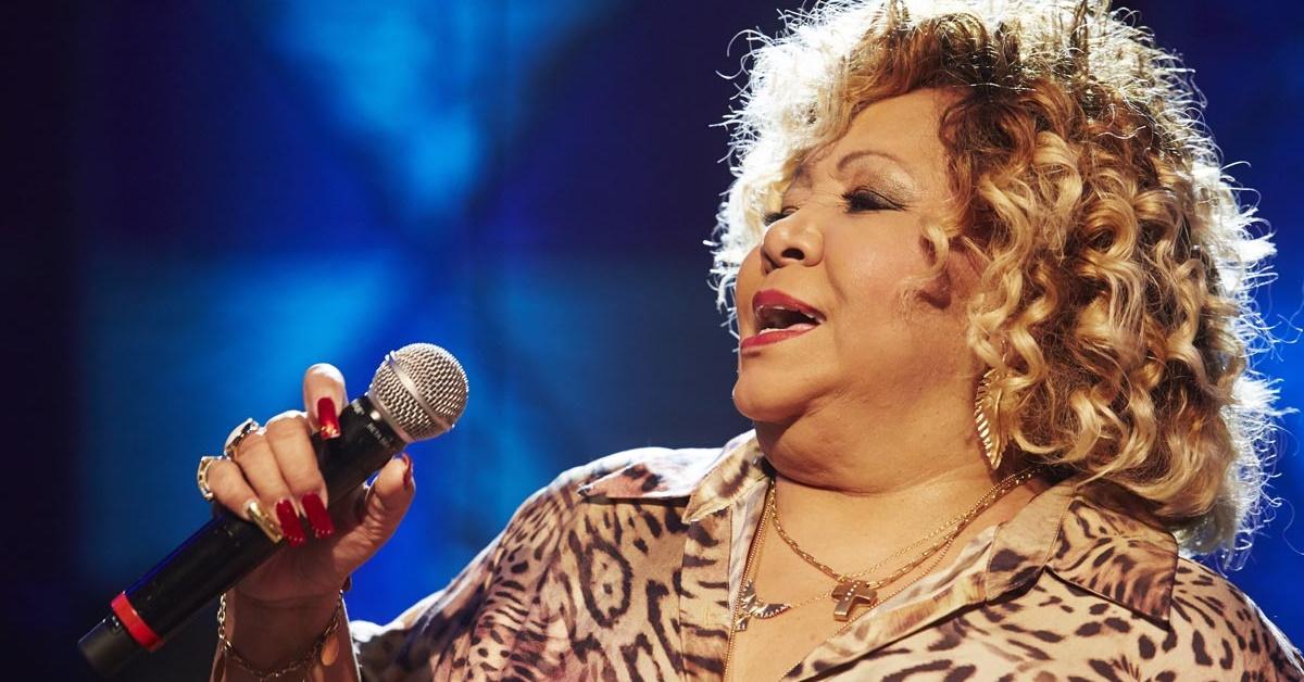 Alcione canta música de Adele na TV; assista - Revista Cifras