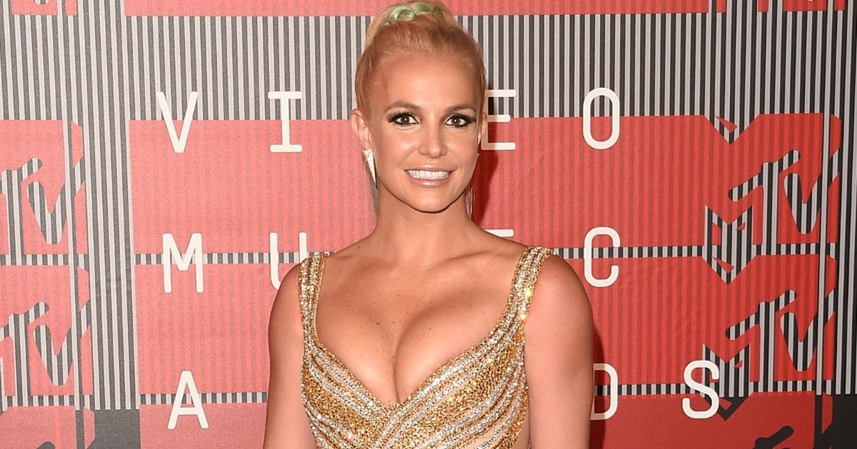 """Britney Spears admite que usa playback, mas só """"um pouco"""""""