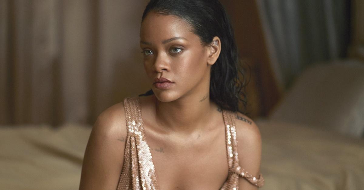 Relacionamento conturbado: Rihanna processa o próprio pai por uso de seu nome