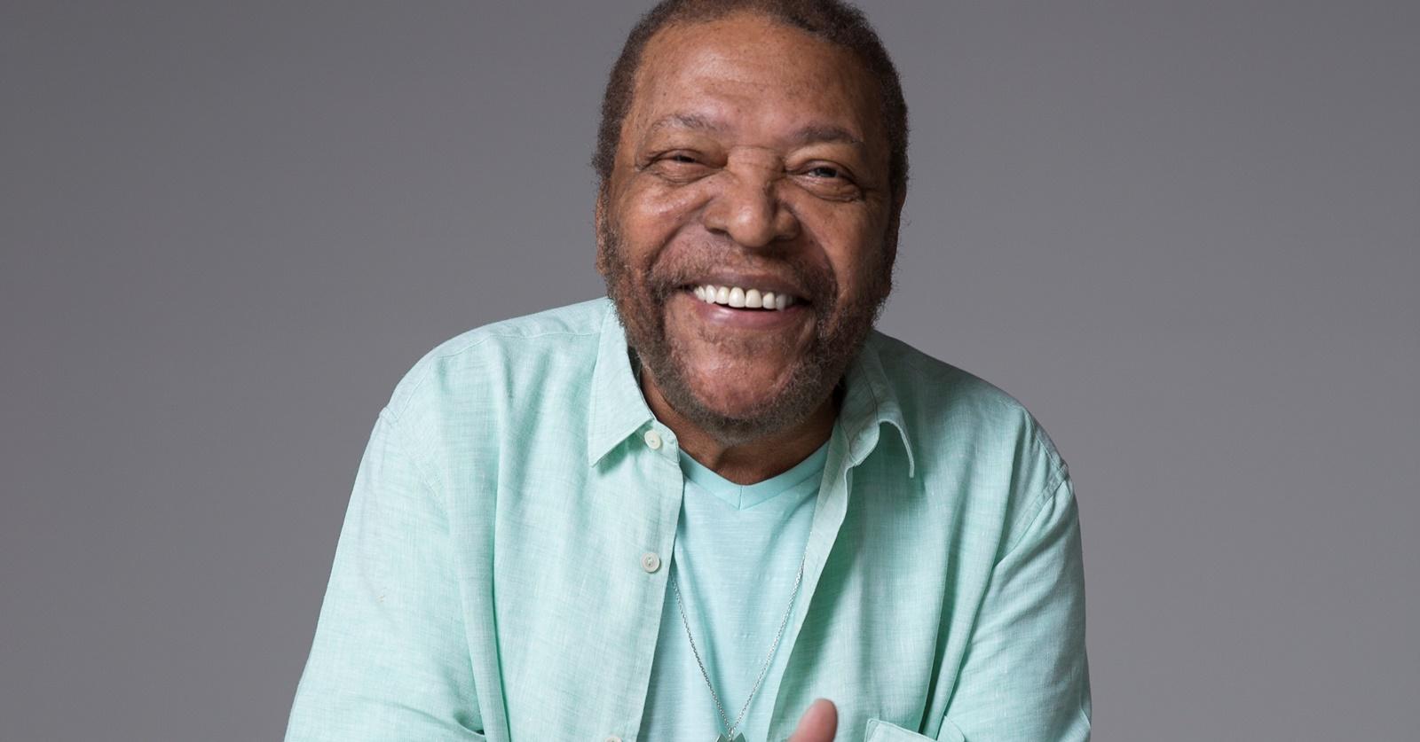 Martinho da Vila lança álbum pelos 60 anos de carreira e 80 de vida