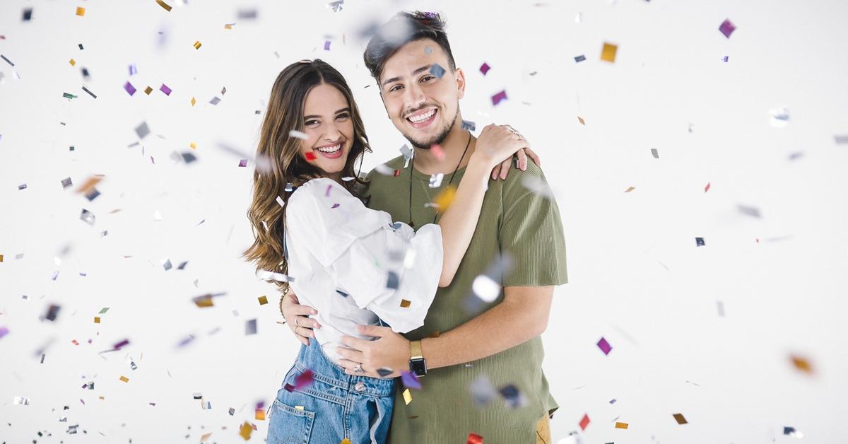 Juliana Paiva assume paixão por Pedro Thomé em novo clipe do cantor