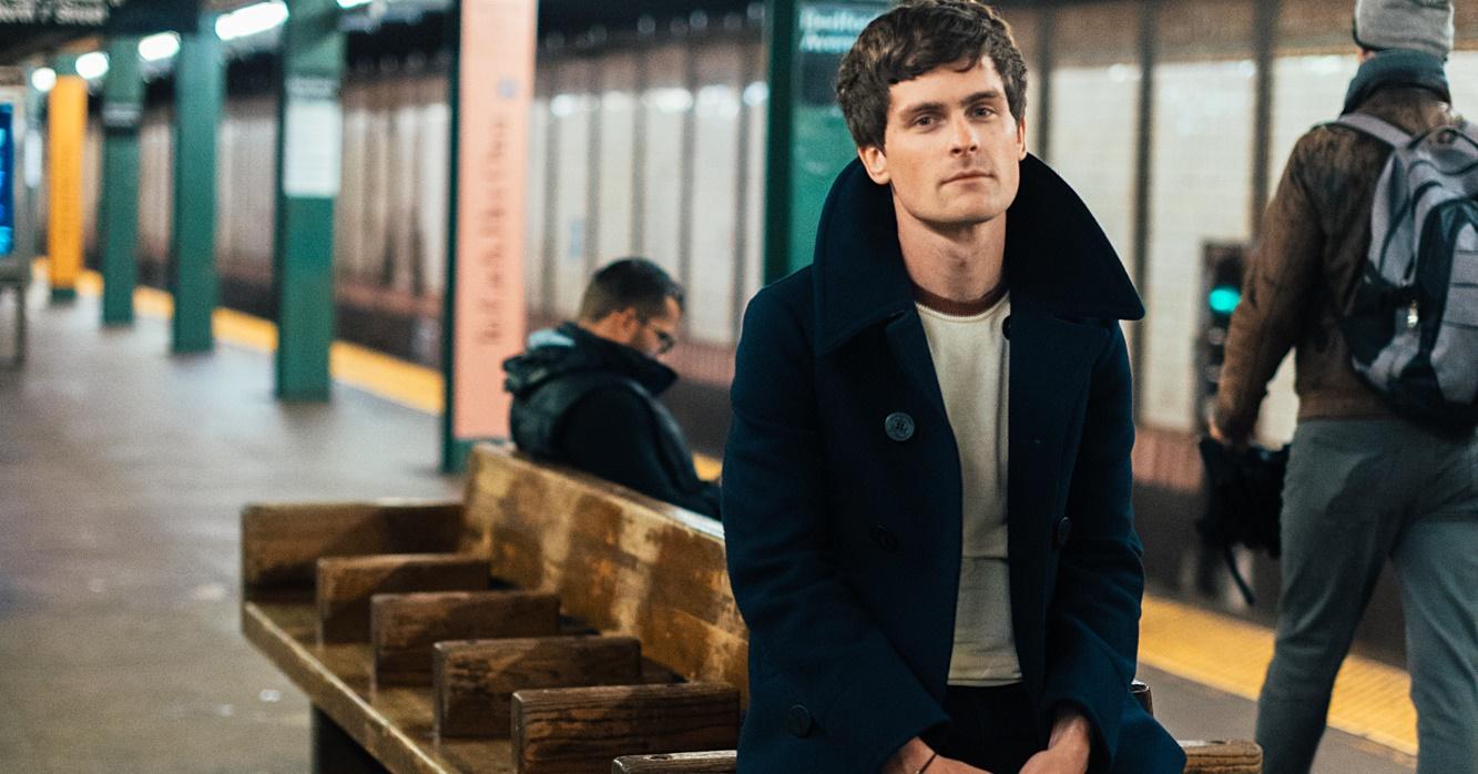 Tom Speight supera barreiras pessoais para lançar 'Collide', seu álbum de estreia
