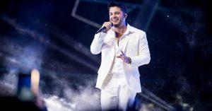 Último show gravado de Cristiano Araújo é exibido em live beneficente do VillaMix
