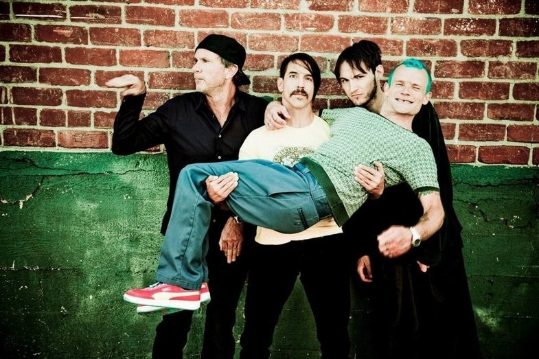 Red Hot Chili Peppers virá ao Lollapalooza Brasil 2018, diz site