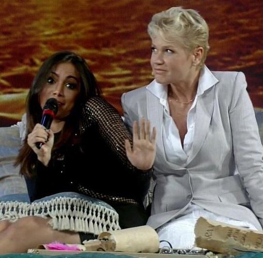 Cantora se negou a responder perguntas'picantes' durante programa (Reprodução)