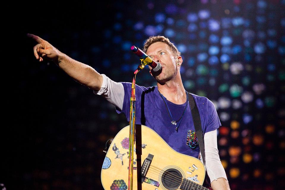Texto afirma que Taylor Swift é mais roqueira do que Coldplay (Reprod./Facebook)