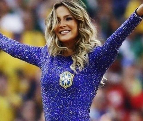 Cantora foi acusada de ter recebido cachê milionário para show (Repr./Instagram)