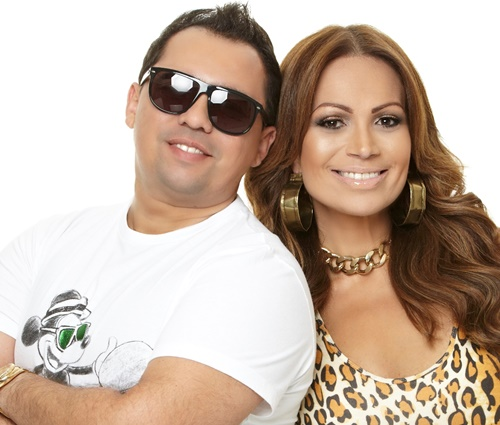Vocalistas Xand e Solange Almeida foram levados para depor (Divulgação)