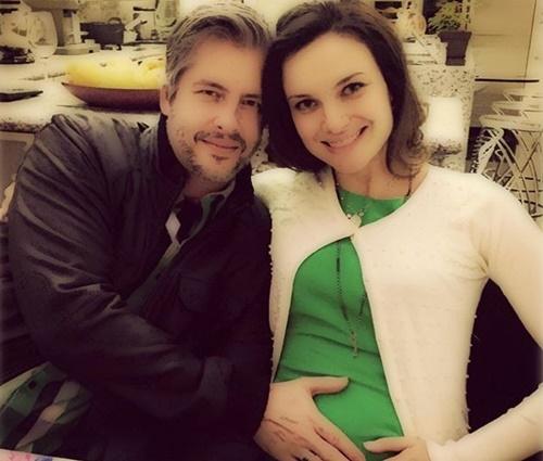 Apesar da situação, Victor e Poliana Chaves seguem juntos (Reprodução/Instagram)
