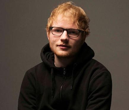 Ed Sheeran dá 'jeitinho' para fugir de acusação de plágio por 'Shape Of You'
