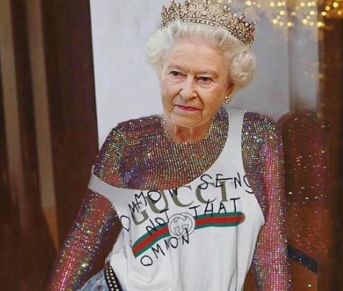 Rihanna é criticada por brincadeiras com a Rainha Elizabeth II