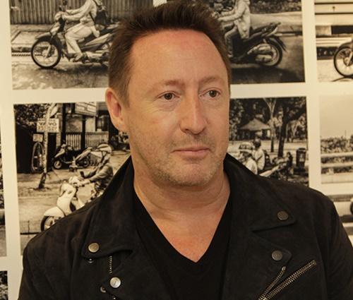 Hoje fotógrafo, Julian Lennon lançou exposições em SP (Henrique Padilha/Divulg.)
