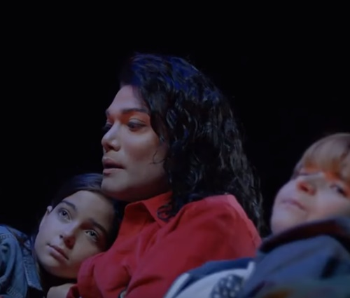 'Michael Jackson: Searching For Neverland' estreia dia 29 de maio (Rep./YouTube)