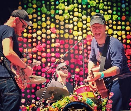 Coldplay é a banda mais ouvida no Brasil pelo Deezer (Rep./Facebook)