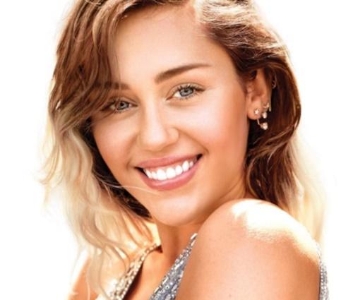 'Quero que as pessoas vejam que essa sou eu agora', diz Miley (Repr./Instagram)