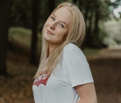 Nienke Helthuis, a Nice Nienke, gostou das canções da MPB (Reprodução/Instagram)