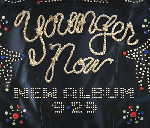 Imagem que deve servir de capa para 'Younger Now' (Divulgação)