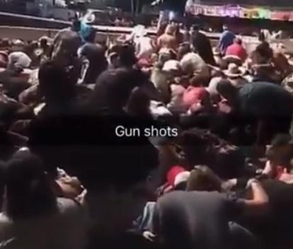 Ataque foi feito em evento realizado ao ar livre (Reprodução/Twitter)