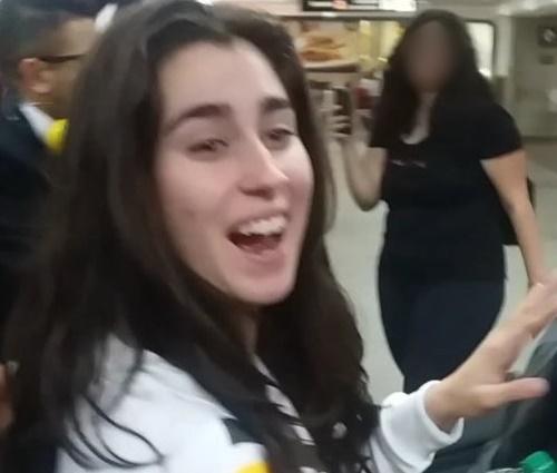 Antes de outro show no Brasil, Lauren havia sido detida com droga (Rep./Twitter)