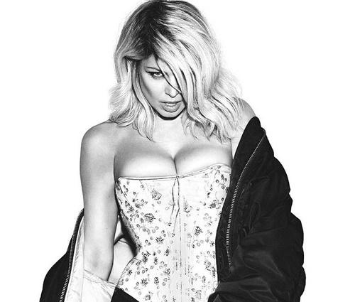 Após remoção, Fergie lançou outra versão para clipe (Divulgação)