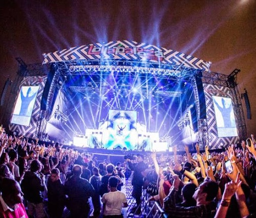 UNE processa festival Lollapalooza por lei da meia-entrada