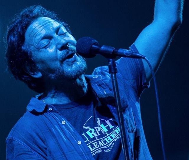 Banda liderada por Eddie Vedder tocará no estádio do Maracanã (Rep./Facebook)