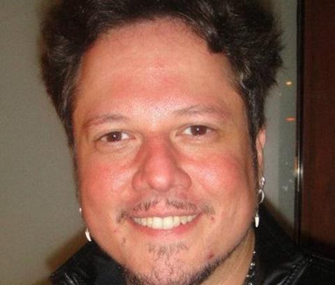 Músico faleceu devido a uma infecção dentária (Reprodução/Facebook)