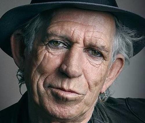 Keith (foto) também havia chamado Mick de 'velho bastardo excitado' (Twitter)