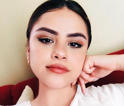 Semelhança entre Sofia Solares (foto) com Selena Gomez impressiona (Instagram)
